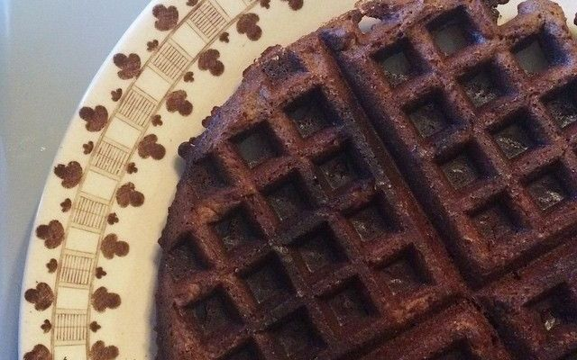 Diep-donkere-ontbijtkoek-wafels